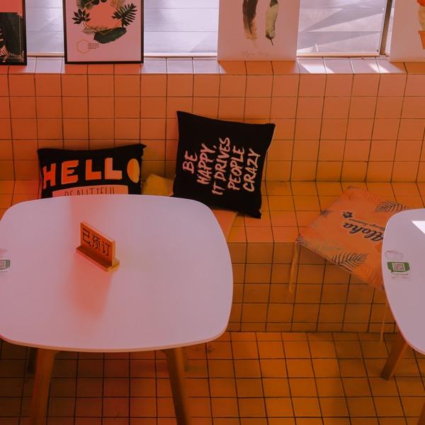 Как открыть кафе: составление меню, воровство и персонал