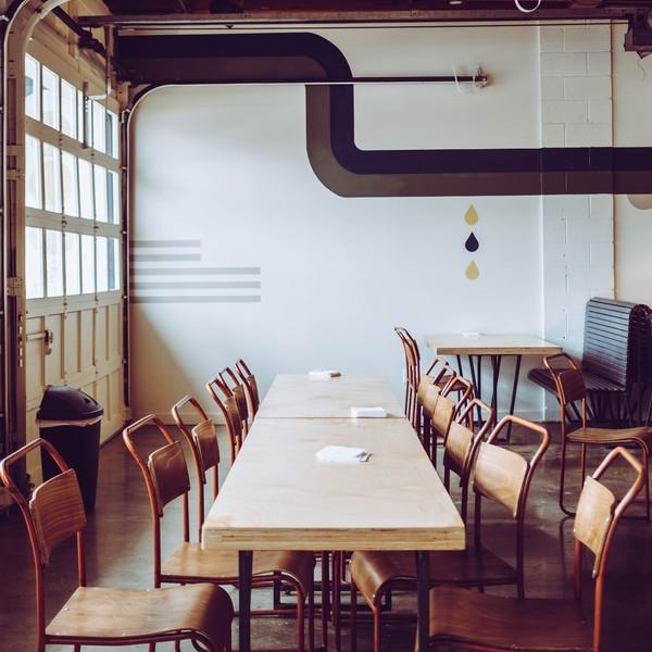 Расстановка столов в кафе